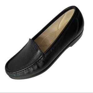 SAS Simplify Black Leather Loafers Size 7M
